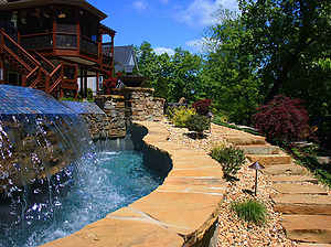 st louis pool construction, custom concrete pool, flagstone coping, vanishing edge