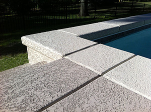 st louis pool construction, custom concrete pool, geometric, textured deck