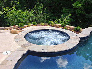 st. louis custom designed concrete pool, concrete spa with flagstone coping