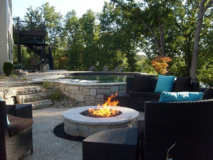 baker pool construction  st louis builder  outdoor fireplaces  fire pits