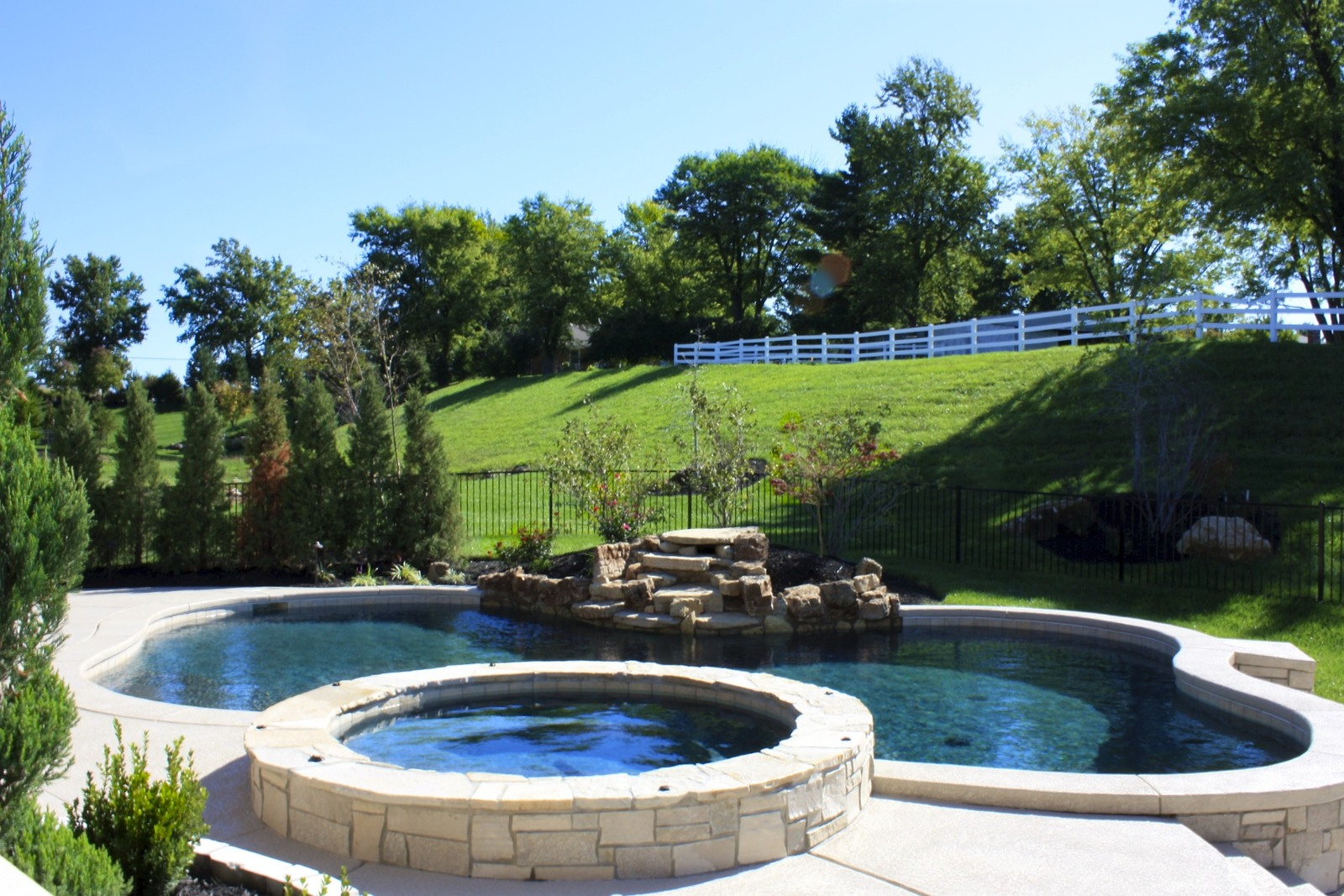 Refreshing chesterfield pool baker pool construction for Pool contractors